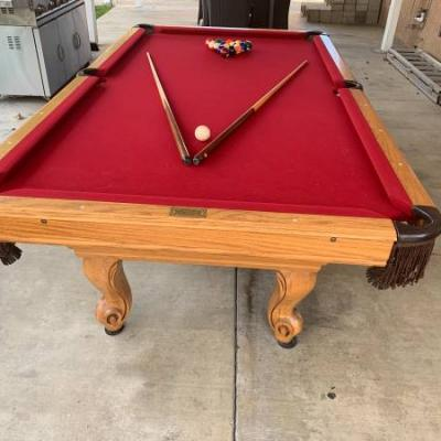 Word of Leisure 8 ft Pool Table