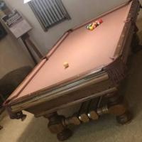 Beautiful Golden West Billiards vintage HIgh Quality Pool Table