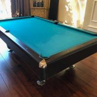 Pool Table With 7 Cue Sticks
